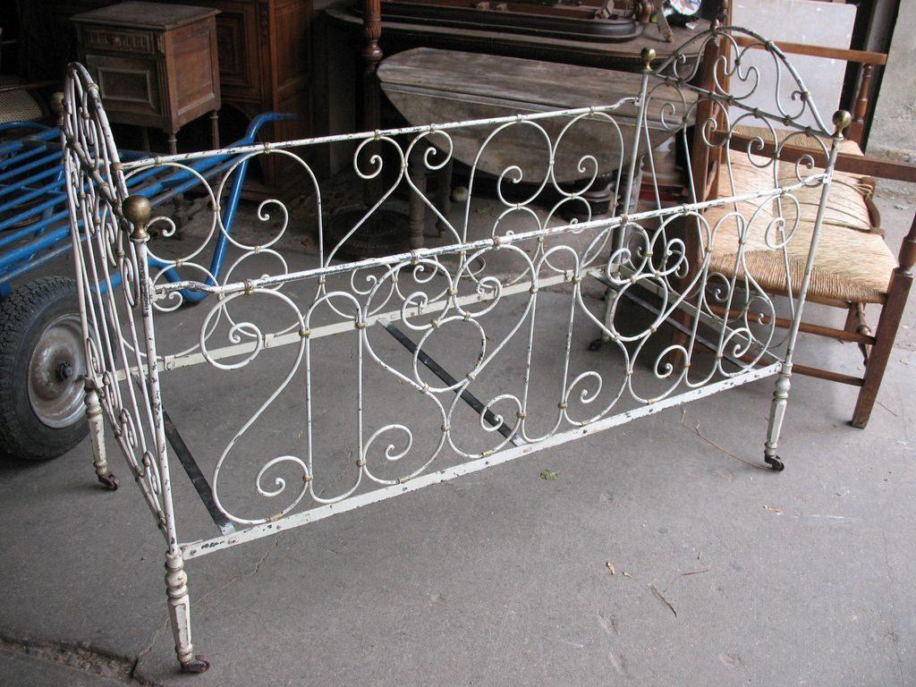 кроватки для новорожденных кованые