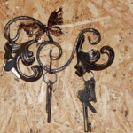 Кованые ключницы Владивосток