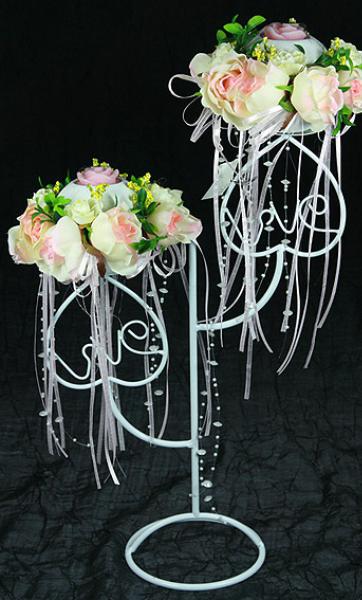 Кованые стойки для свадьбы