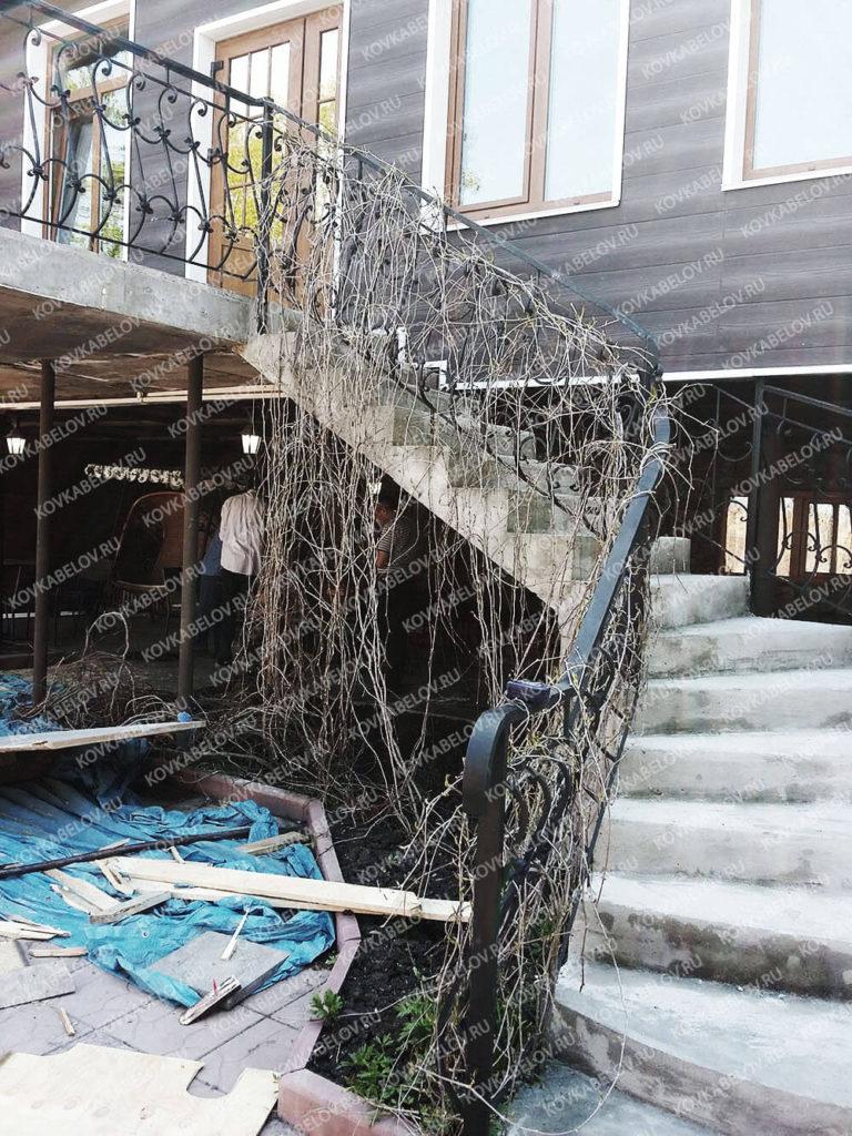 Дутая кованая лестница Владивосток