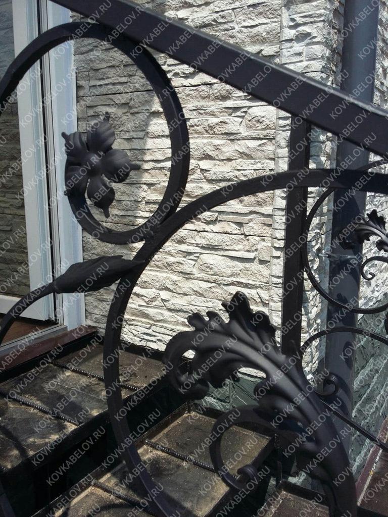 Черная кованая лестница Владивосток