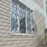 Кованые черные решетки на окна ул. Шевченко Владивосток